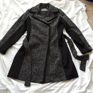 Kristen Blake Woman Coat like new 12